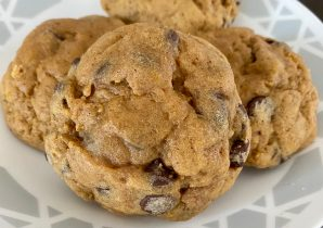 pretty pumpkin chocolate chip cookie