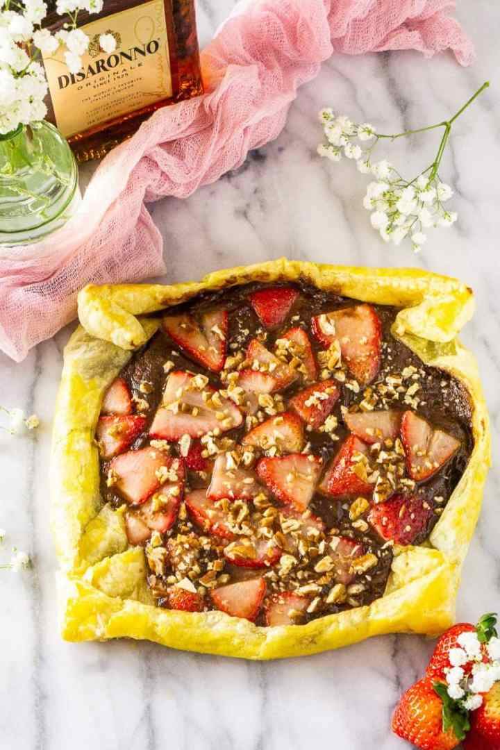A aerial view of the strawberry Nutella puff pastry