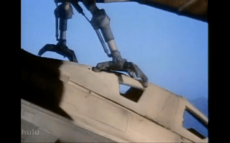 hawk claws in ship