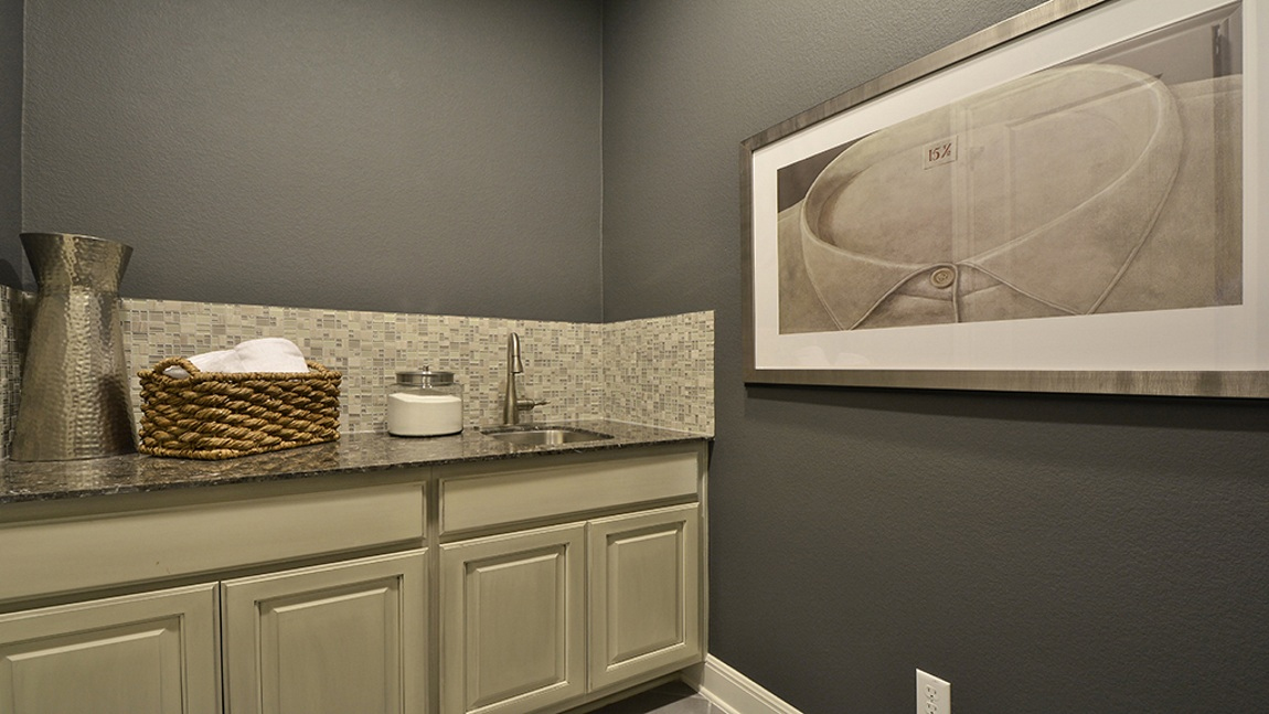 kitchen crown molding light fixtures for kitchens laundry - mud room burrows cabinets central texas ...