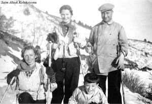 Soldan sırayla H.Muzaffer Kalkan,Şahsine - Saim Altıok ve ben