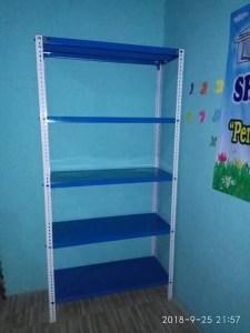 Toko Rak Gudang Besi Siku Lubang di Jl. Manunggal