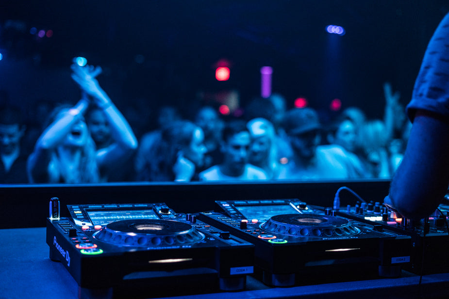 Hd Small Girl Wallpaper Free Stock Photo Of Dj Crowd Hd Images