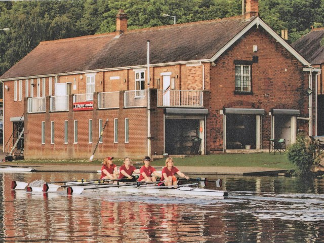 https://i0.wp.com/burtonleanderrowingclub.co.uk/wp-content/uploads/2019/01/2017-womens-senior-quad-1.jpg?resize=640%2C480&ssl=1