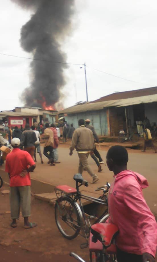 Burundi : Le marché de Matana, à Bururi, incendié ( Photo : Le Renouveau, itara Burundi, akeza Burundi )