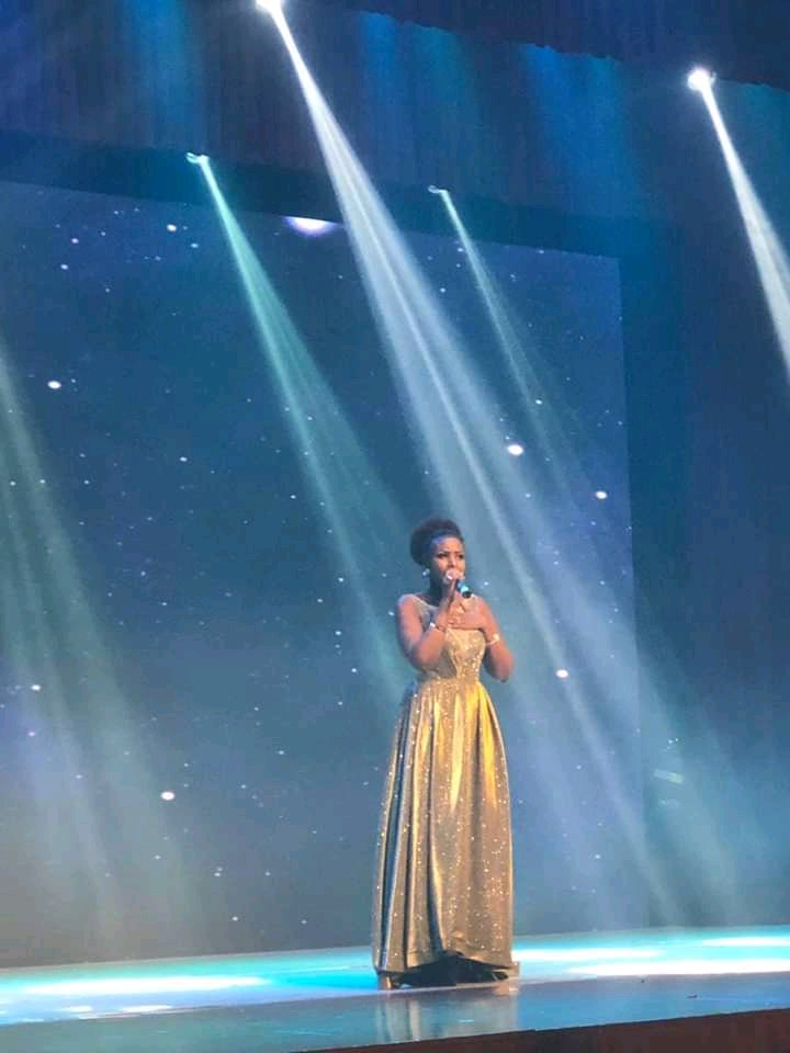 Burundi / Chine : MUGISHA Merveille - Prix chanson -  au Foreing Talent Association  ( Photo : JimbereMag   2019  )