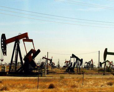 oil-field-zdroj-cgp-grey