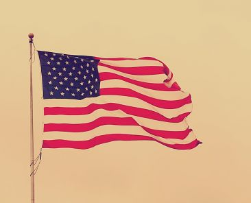 usa-flag-zdroj-DWilliams