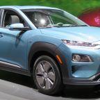 2019_Hyundai_Kona_Electric_front_charging_4.2.18
