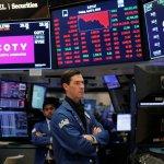 Možná si myslíte, že jste chytří investoři, ale tyto mentální zkratky mohou být nebezpečné pro vaše investování