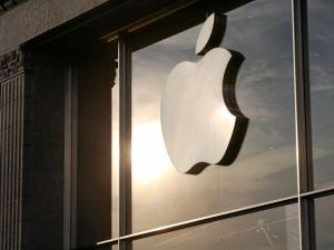 Lee más sobre el artículo JPMorgan predice que las acciones de Apple aumentarán un 20% por la fuerte demanda de iPhone (AAPL)