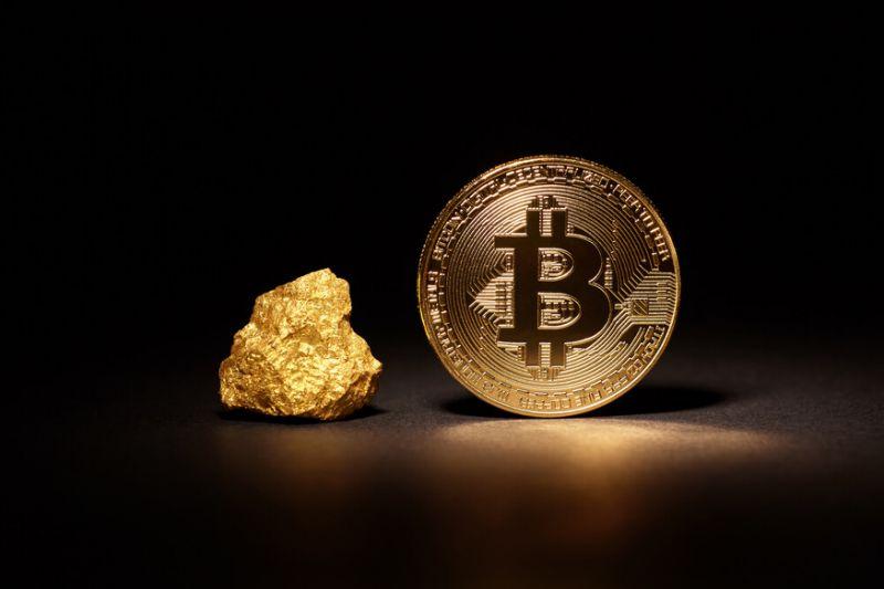 En este momento estás viendo Bitcoin eclipsa el oro por primera vez desde junio
