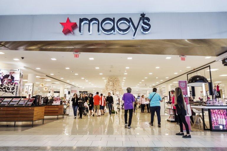 En este momento estás viendo Los resbalones de Macy's después de recortar el pronóstico de ganancias se suma a la inquietud de la temporada de vacaciones