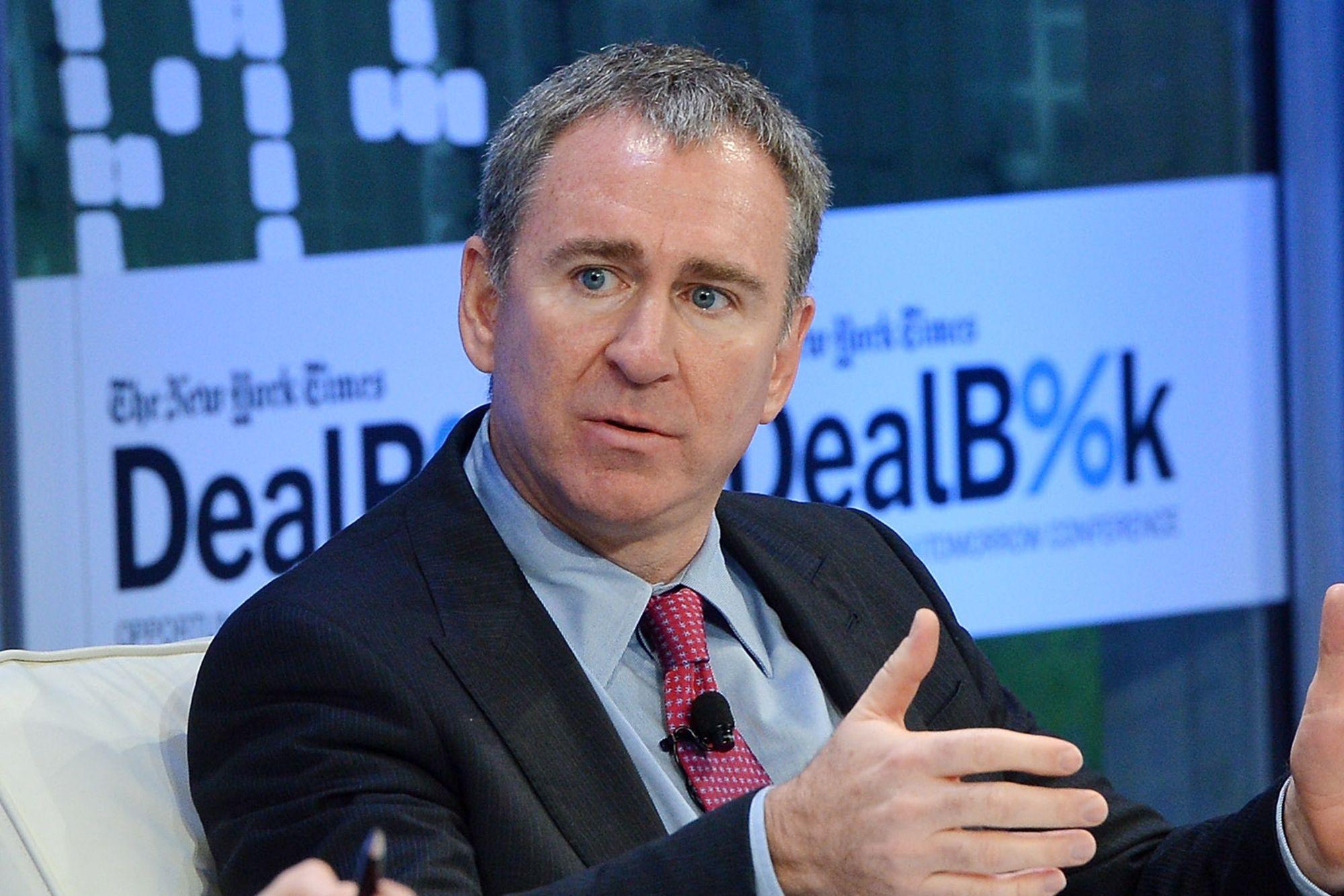 En este momento estás viendo El multimillonario de fondos de cobertura Ken Griffin llama a los mercados «completamente y sin preparación» para un salto en la inflación