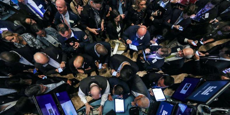 En este momento estás viendo Los inversores acumularon $ 17 mil millones en acciones de ETF en solo 7 días mientras apostaban por un repunte del mercado
