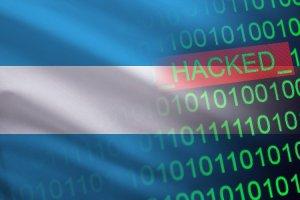 Lee más sobre el artículo Argentina: hackean cuenta de Twitter gubernamental y ofrecen bitcoin por un magnicidio