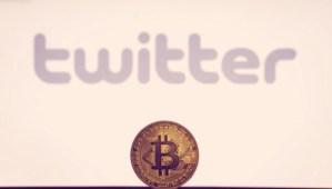 Lee más sobre el artículo Twitter lanza propinas en bitcoin en todo el mundo, avatares NFT verificados