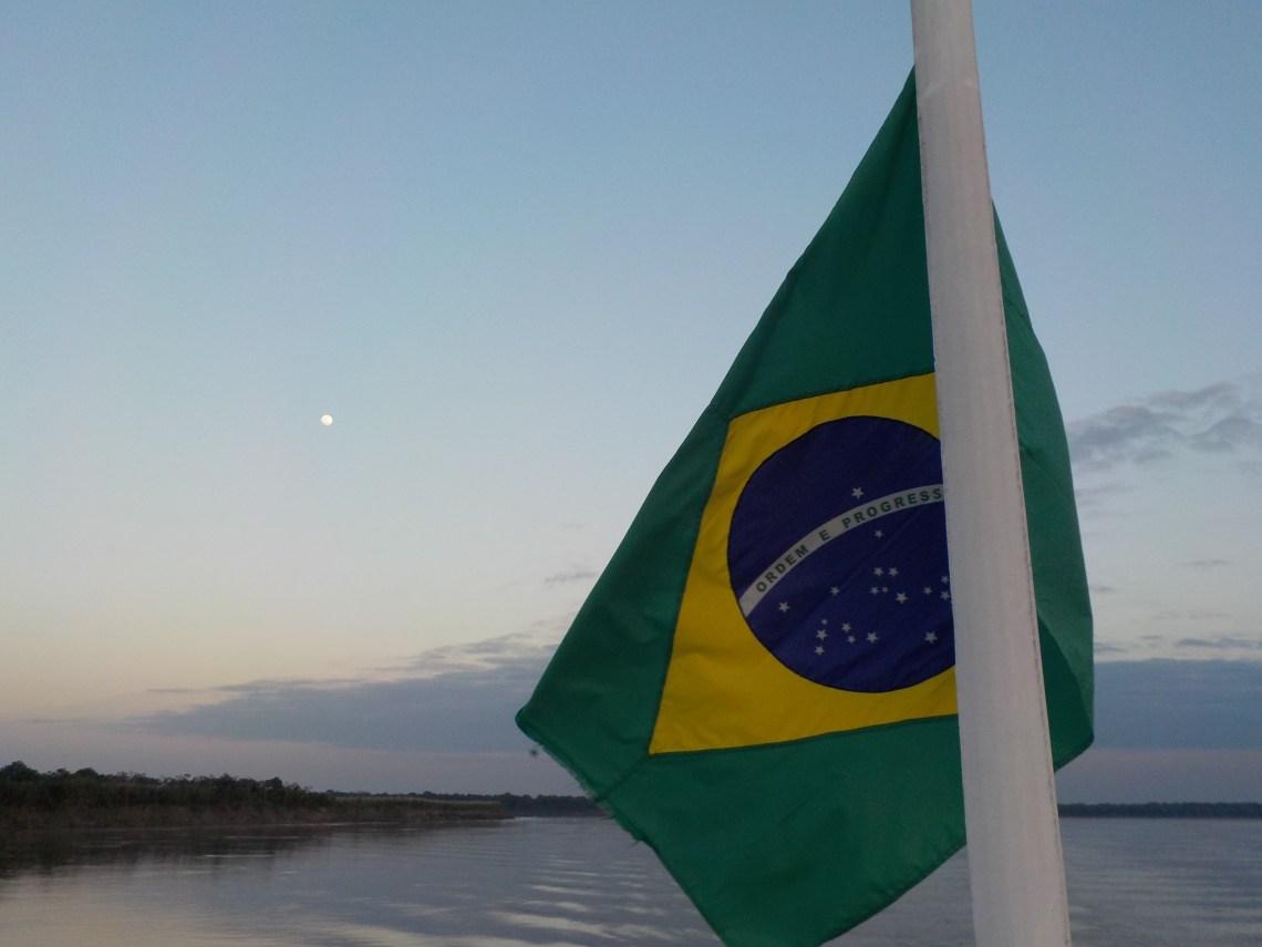 Cruzar el Amazonas en Barco