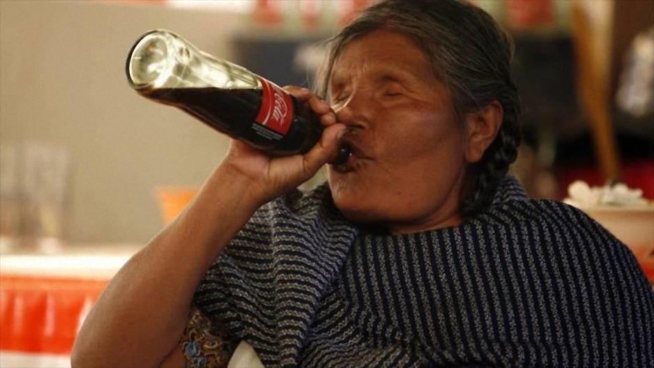 Los habitantes de esta ciudad mexicana toman Coca-Cola… ¡en vez de agua!