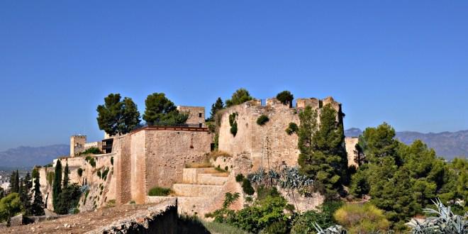 castillo de Zuda