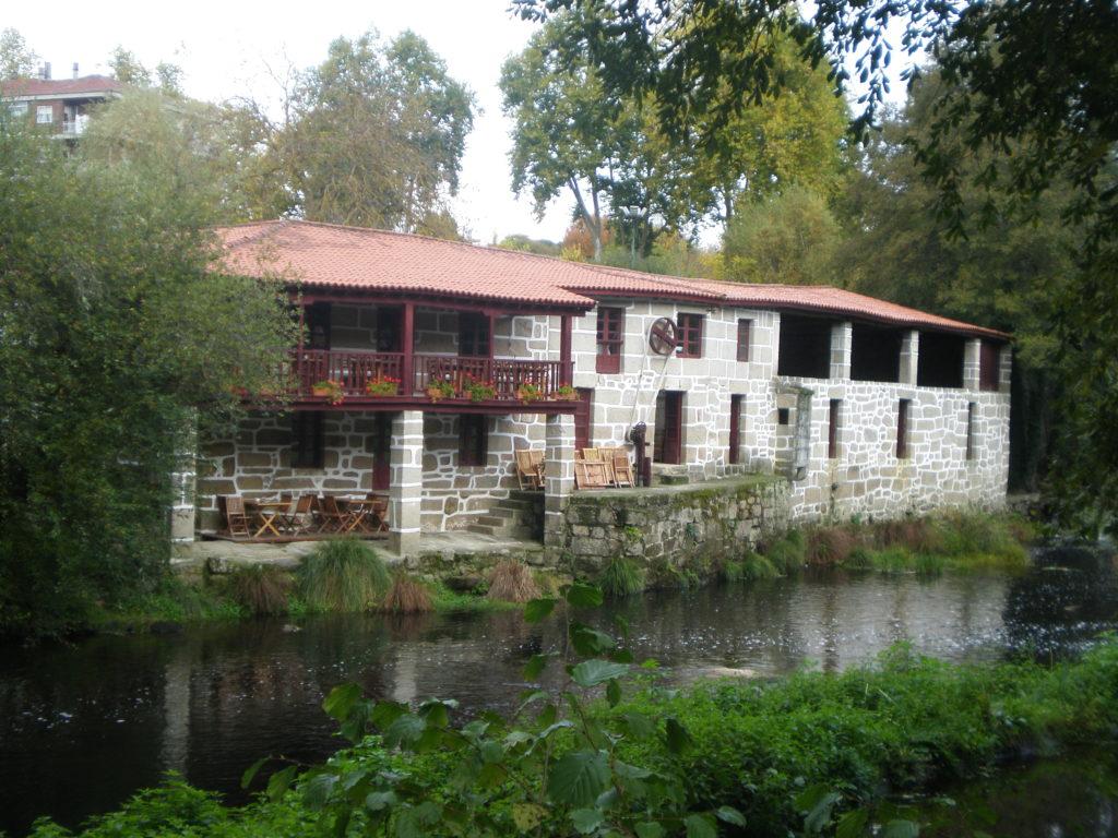 Pueblos de Orense pueblos con encanto  Buscarutascom