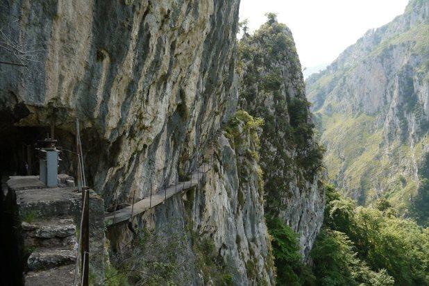 ruta al Canal de Urdón