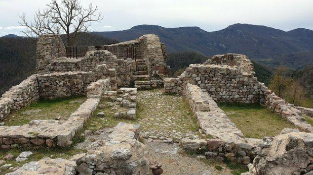Castillo de Rocabruna, norte de Gerona