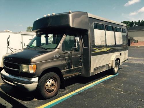 small resolution of 2002 ford e 450 custom 12 passenger bus