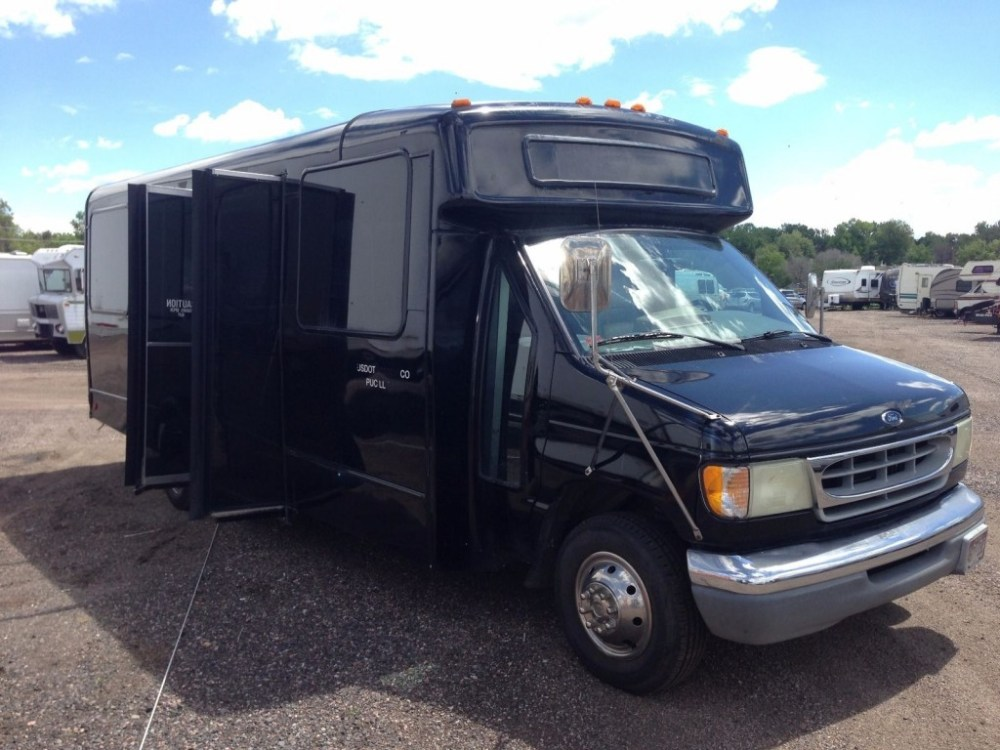 medium resolution of 2002 ford e 450 super duty v 10 party limo shuttle church bus