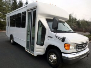 2006 Ford E450 NonCDL Wheelchair Shuttle Bus for sale
