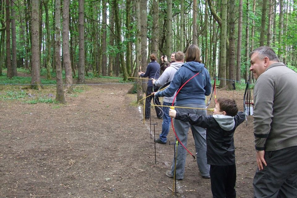 Family archery on the shooting line