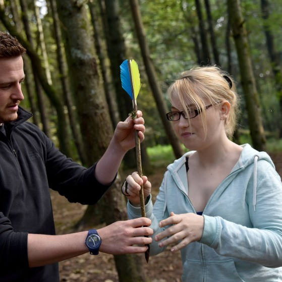 Helping each other - making throwing arrows