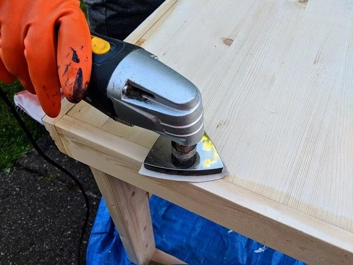 a small sander for a diy computer desk