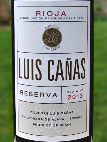 Luis Cañas Reserva 2013 is a stand out Reserva from top producer. Spicy, blackfruit aromas, layered complex flavours, beautifully balanced, structured, elegant. 92 points Tim Atkin MW Rioja Report 2019.