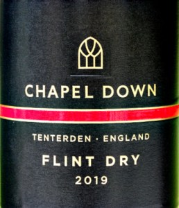 Chapel Down Flint Dry 2019; aromatic dry white, bags of fruit. Aromas of cox's apples, Galia Melon; Flavours of grapefruit zest and nectarine; impressive long finish. Very good value English wine