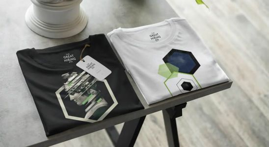 25 High-Quality T-Shirt PSD Mockup Templates for Photoshop