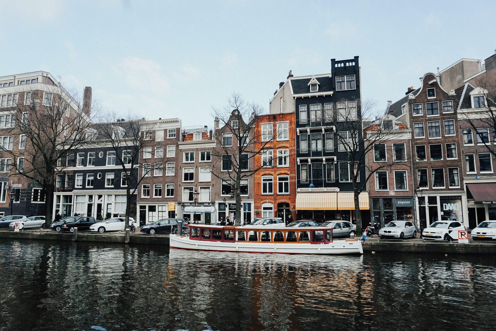 amsterdam-architectural-architecture-1258865