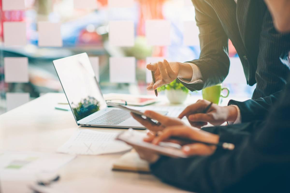 Reconversion professionnelle : le boom des métiers du digital