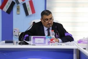 مناقشة الطالب رياض رحيم رضا العامري