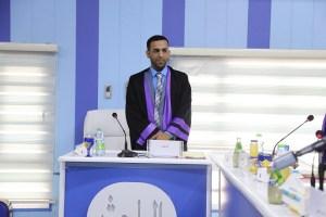 Read more about the article جانب من مناقشة طالب الماجستير عبد الامير طعيمة بندر