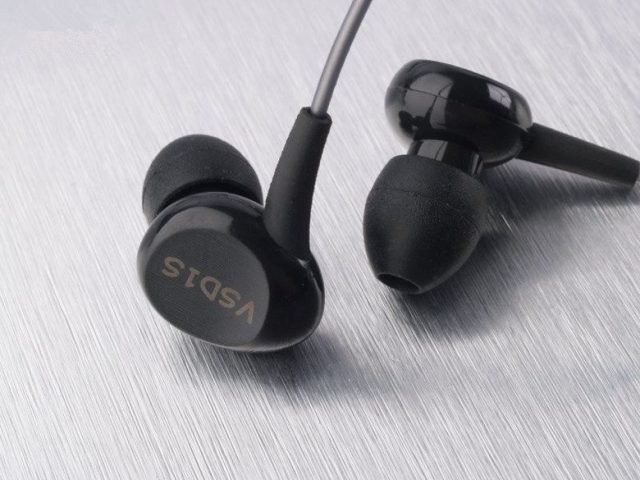Vsonic VSD1S Earbuds - Cheap Earbuds
