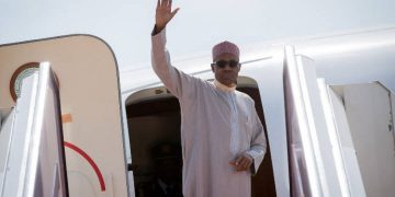 Buhari departs for Egypt for peace forum - Businessday NG