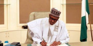 Buhari signs Executive Order 009 on Open Defecation - Businessday NG