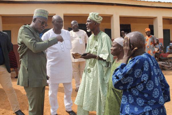Oyo Govt. Issues stop work order on two public schools in Ibadan