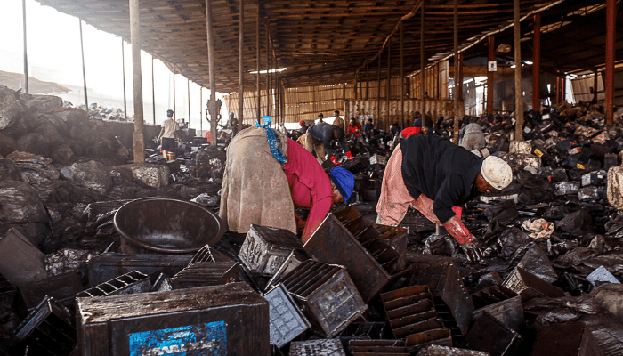 Nigerian battery recyclers form waste management group in response to BusinessDays investigation - Businessday NG