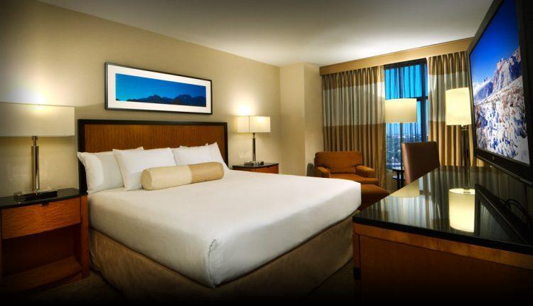 Hotel occupancy falls below 30% on coronavirus
