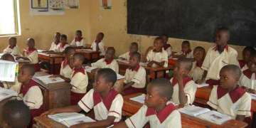 Coronavirus: Owners of private schools defy holiday orders in Lagos - Businessday NG