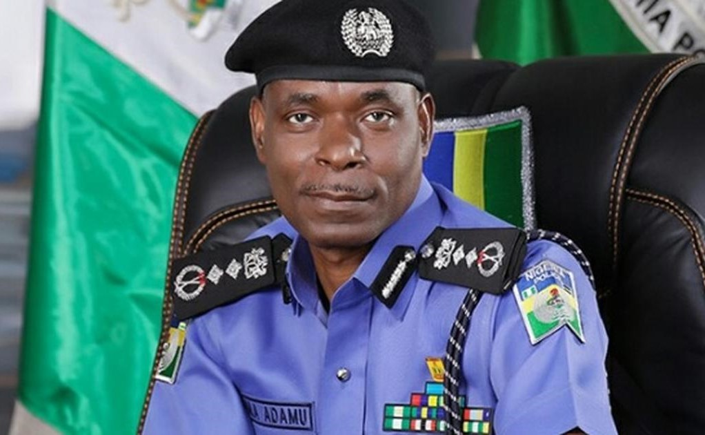 2 soldiers arrested, detained over murder of police officer in Lagos - Businessday NG