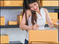 online shopping shipping - 6 Ways that SMEs Can Meet Online Buyers # 039; High Expectations in Shipping