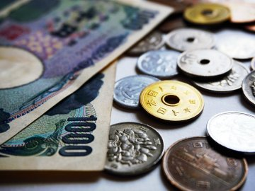 Yen notes coins - 1 million transactions / sec: Japan's largest bank blockchain payments in 2020